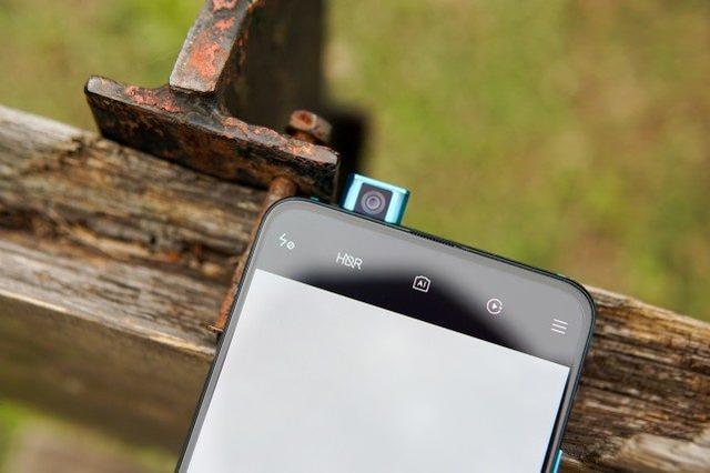 红米再放大招,又一款旗舰手机狂降1000元,仅售2799元