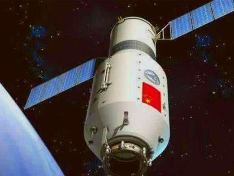 中国首位女航天员刘洋返回地球后,为何音讯全无?她的现状如何?