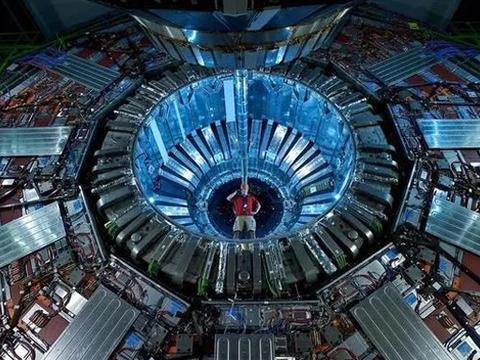 含钼紧固件为大型强子对撞机护航
