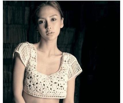 """因长相神似杨颖走红,上围傲人身材火辣,被称为""""越南第一美女"""""""