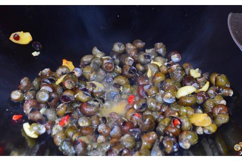 爆炒石螺最好吃的家庭做法,简单美味又解馋,看看你喜欢吃不?