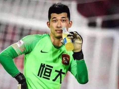 归化球员占6个,球迷评国足主力阵容,王燊超阿兰李可入选