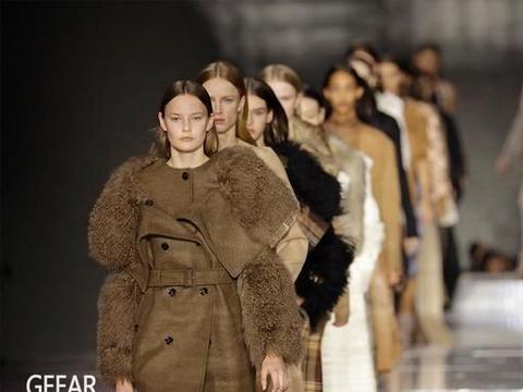 时装界即将回温?Burberry宣布举办第一场户外时装秀!