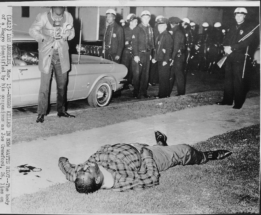 老照片 1967年美国底特律黑人大骚乱 汽车城从此一蹶不振