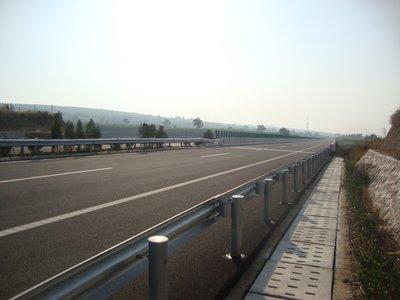 长约116.35km,这条高速公路扩建工程勘察设计正在招标