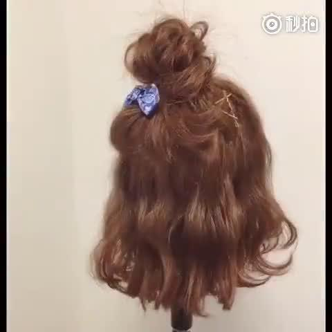 最近大流行的半丸子头,短发女孩绑起来更可爱 ヽ(✿゚▽゚)ノ