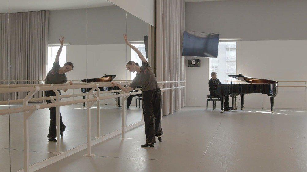 澳大利亚芭蕾舞团 Amber Scott大师课节选 整个大师课需要购买观