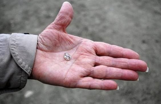 世界最大方的钻石公园,门票只要40元,钻石无论大小捡到就是你