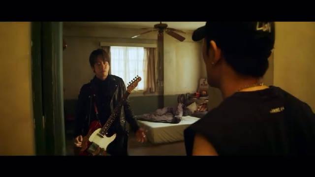狮子合唱团《寂寞逃跑》 萧敬腾担纲MV导演拍摄狮子LION《寂寞逃跑》