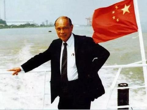 香港富豪霍英东:港澳陆我可以横着走,逝世享国葬待遇