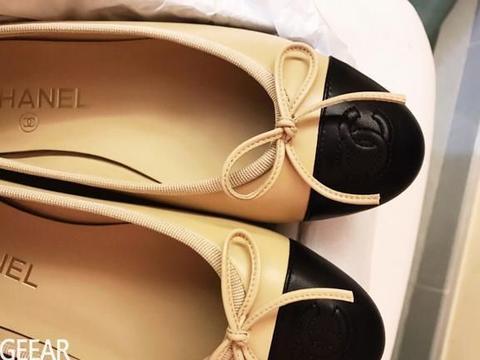 穿出法式女人的惬意优雅,Chanel这款芭蕾舞鞋依旧经典!