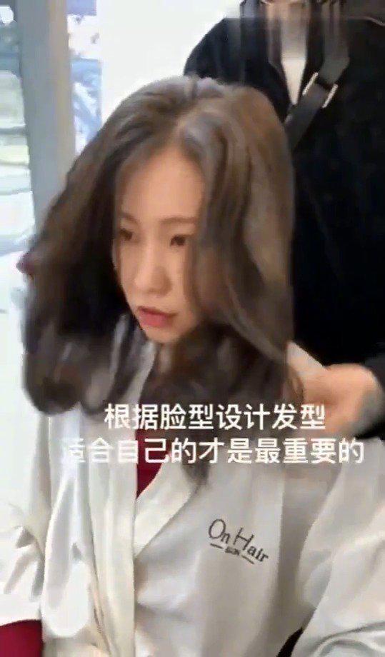 2020流行的发型来了,刘海剪发是首选,修颜又显气质……