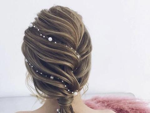 姐妹、伴娘发型:短发、长发都能轻易上手的DIY 编发教学