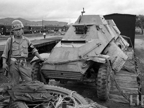 朝鲜战争老照片  韩国军队俘获的朝鲜装备  都是苏联援助的