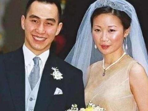 赌王次子何猷龙:娶了初恋,与绯闻绝缘,自主创业,不争家产