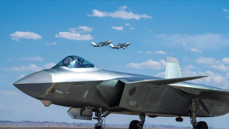 五代机最大升限对比:F22为2万米,苏57为1.9万米,歼20呢?
