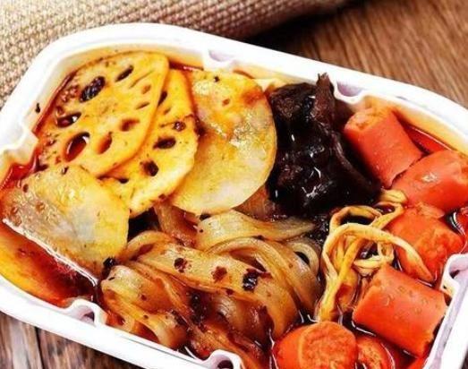火车上的人气美食已经不再是泡面,这个食物,让泡面的地位动摇了