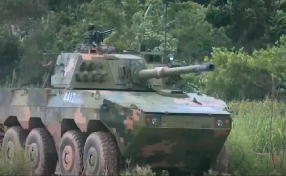 轻型轮式装甲车的火炮威力简直可以和主战坦克媲美了