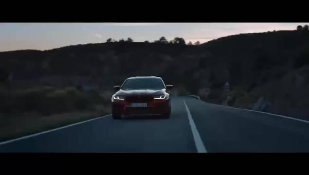 BMW 新M5 雷霆版……