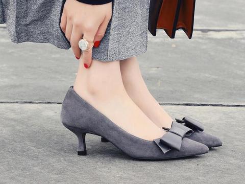 傍上潮流元素,高跟鞋花式秀时髦
