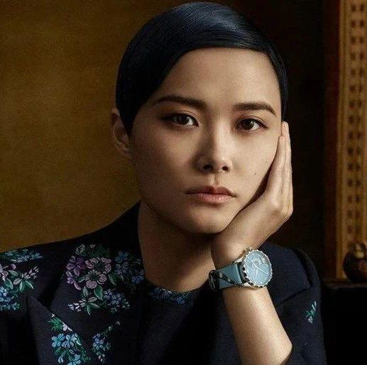 最近刮起一股中性风,又酷又飒,刘雨昕取代李宇春成新代表