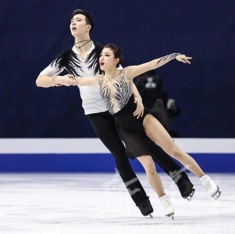 《冰雪知识微课堂》花样滑冰冰舞和双人滑有哪些区别呢?