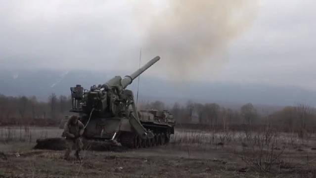 有了自动装弹机,苏军炮兵喜欢大炮开路,这火力有点压不住哦