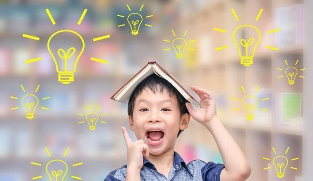 """浅谈《2+2=5》丨毁灭孩子独立思考能力的元凶,是""""标准答案"""""""