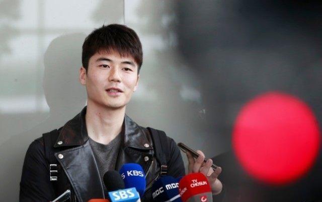 韩国队长曾和中超传绯闻,如今下家难寻!球迷:首尔降薪羞辱人