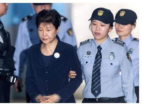 """出狱无望!韩国法院宣布重大判决,朴槿惠最后的""""靠山""""也倒了"""