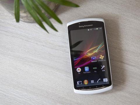 一代经典PSP手机,侧滑盖游戏键盘能打拳皇97,如今还值200块