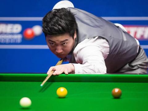 特鲁姆普世锦赛冲第18冠难度大!中国球员颜丙涛将是最大障碍!