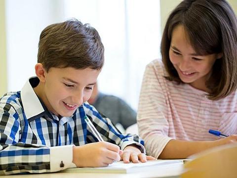 快乐教育真的快乐吗?应试教育背后,是想让孩子成社会精英的家庭