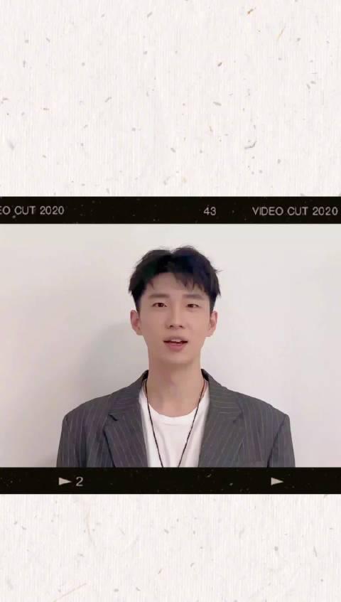 最新单曲《走散》正在华歌榜热力打榜!
