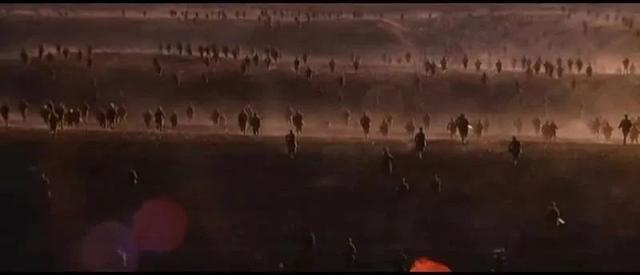 为拍林彪,剧组产生了激烈的争论,杨尚昆拍板后,一部经典诞生