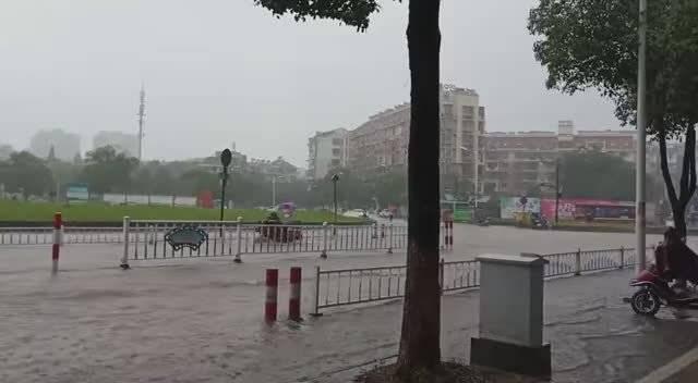 衢州江山市城区内涝