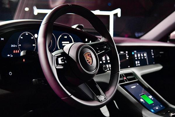 """""""仅售""""88.8万元,保时捷Taycan入门版车型正式上市"""