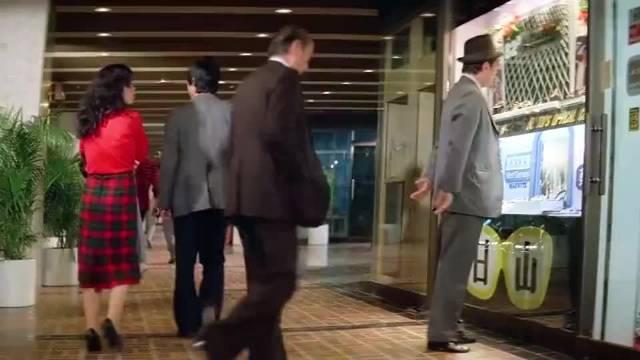 《提防小手》带你看一下八十年代初惯偷的连环作案过程