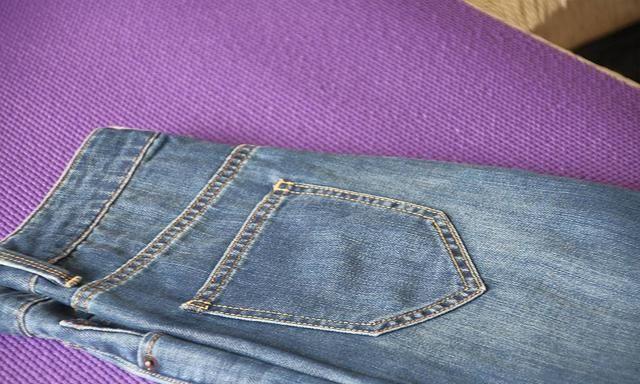 特殊纤维布料制造,适合夏天穿的牛仔裤究竟是什么感觉