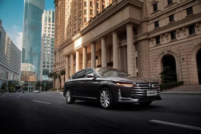 中国品牌高端轿车可能行?自信点,全新传祺GA8来后,去掉可能!