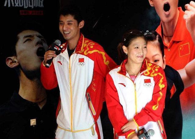 至今未退役的张继科,在刘诗雯29岁生日那天被跳水女皇催婚