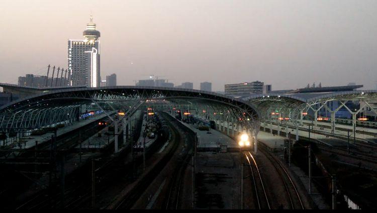 """中国""""最美""""火车站,到站就有千年景区,有山有水"""