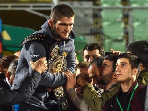 """""""小鹰""""哈比布被评为俄罗斯最大体育明星"""