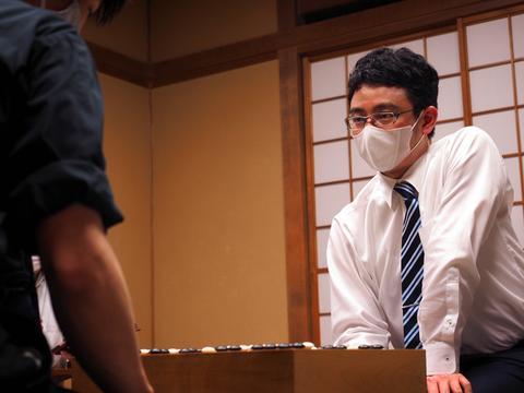 日本棋闻 | 一力辽拿下碁圣战挑战权