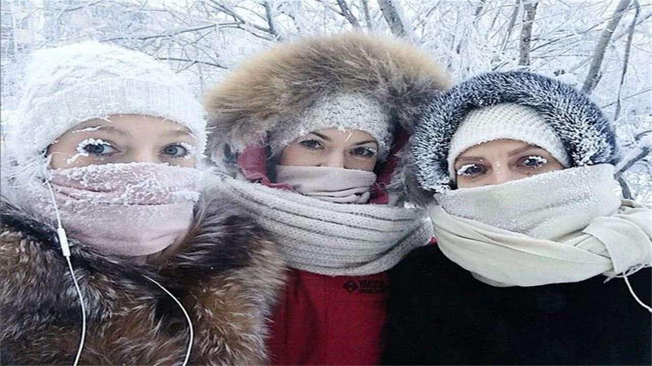 """为何零下70度的极寒区域,俄罗斯人也能""""游泳""""?看完你就懂了"""