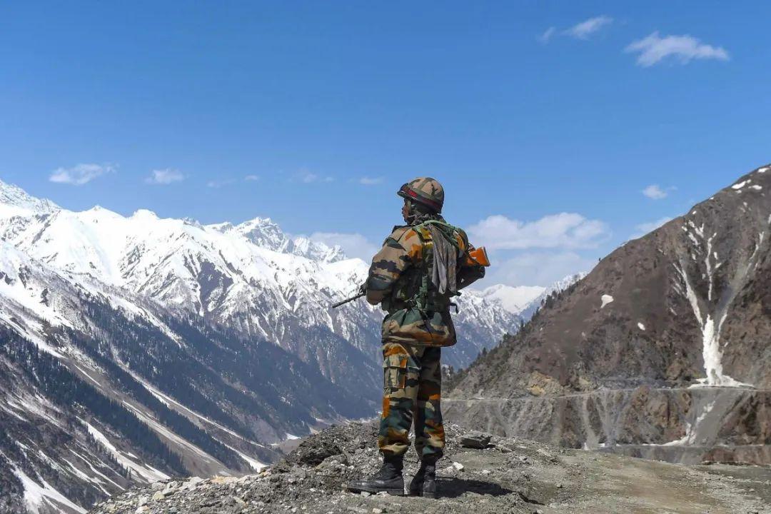 摩天注册:高手训练官兵印军部署摩天注册图片