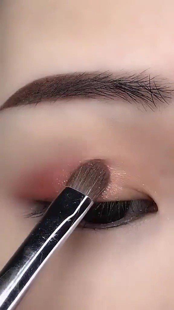 单眼皮眼妆这样晕开很好看,你学会了吗? (•̀ᴗ•́)و ̑̑