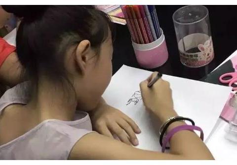 神童是有超过同龄人的思维能力,且体现在自学能力和理解能力