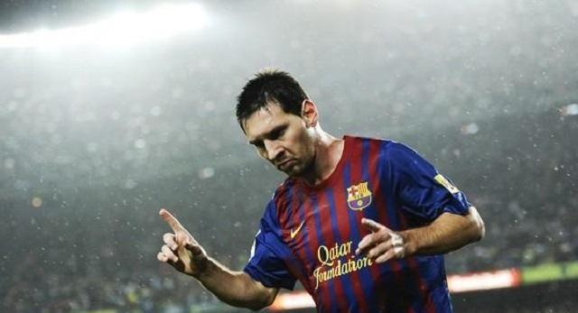 33岁梅西踢疯了:一夜刷出3大纪录