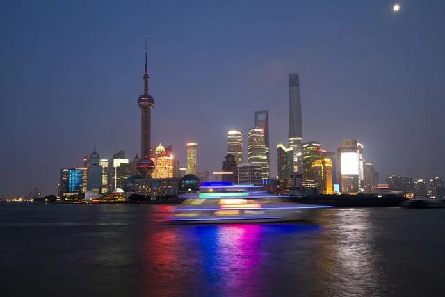 上海抢下李佳琦!新风口之战,广州杭州重庆成都也摩拳擦掌